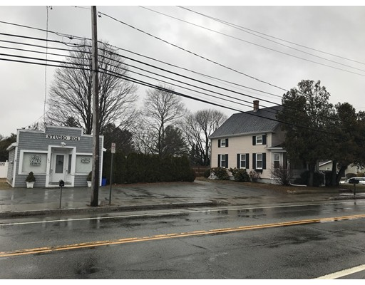 Single Family Home for Sale at 564 Child Street 564 Child Street Warren, Rhode Island 02885 United States