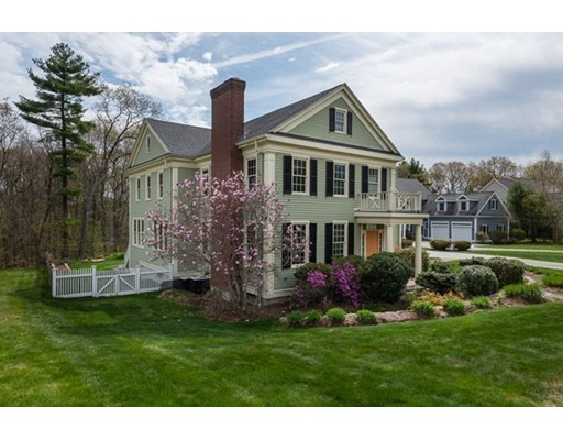 Casa Unifamiliar por un Venta en 55 Deerpath Road 55 Deerpath Road Dedham, Massachusetts 02026 Estados Unidos