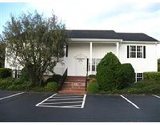 Commercial for Rent at 49 Slocum Road 49 Slocum Road Dartmouth, Massachusetts 02747 United States