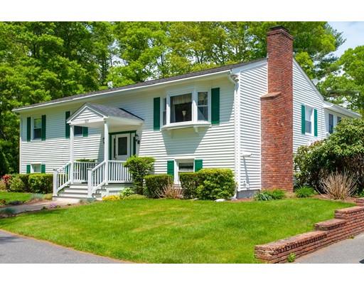 Частный односемейный дом для того Продажа на 337 Mendall Road 337 Mendall Road Acushnet, Массачусетс 02743 Соединенные Штаты