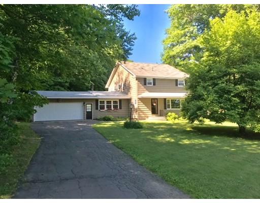 独户住宅 为 销售 在 1 County Road 1 County Road Huntington, 马萨诸塞州 01050 美国