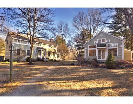 Maison unifamiliale pour l Vente à 413 Middle Street 413 Middle Street West Newbury, Massachusetts 01985 États-Unis