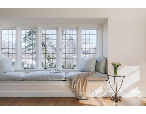 Частный односемейный дом для того Продажа на 11 Elmwood Avenue 11 Elmwood Avenue Cambridge, Массачусетс 02138 Соединенные Штаты