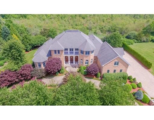Casa Unifamiliar por un Venta en 12 Cherokee Road 12 Cherokee Road Canton, Massachusetts 02021 Estados Unidos