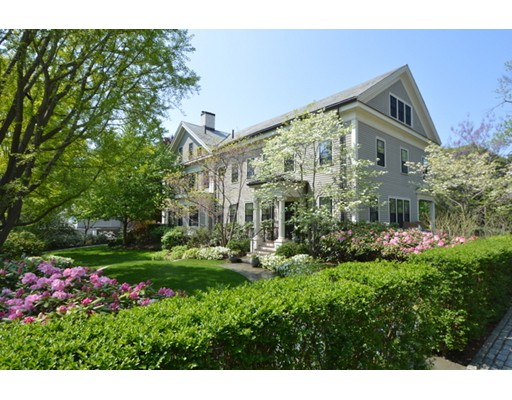 Single Family Home for Sale at 12 Lakeview Avenue 12 Lakeview Avenue Cambridge, Massachusetts 02138 United States