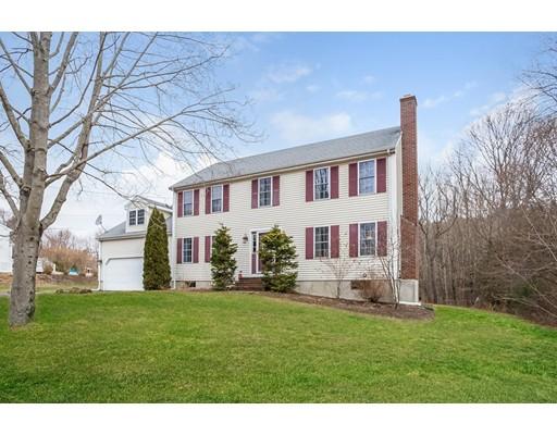 واحد منزل الأسرة للـ Sale في 1268 East Street 1268 East Street Mansfield, Massachusetts 02048 United States