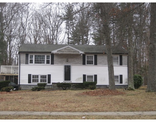 Single Family Home for Sale at 43 Southgate Road Franklin, 02038 United States