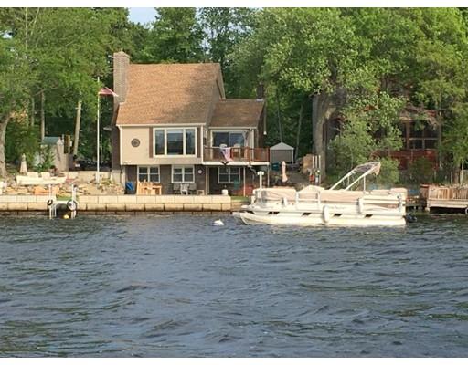 واحد منزل الأسرة للـ Sale في 18 Huron Avenue 18 Huron Avenue Freetown, Massachusetts 02717 United States