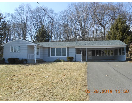 واحد منزل الأسرة للـ Sale في 375 Jarvis Avenue 375 Jarvis Avenue Holyoke, Massachusetts 01040 United States