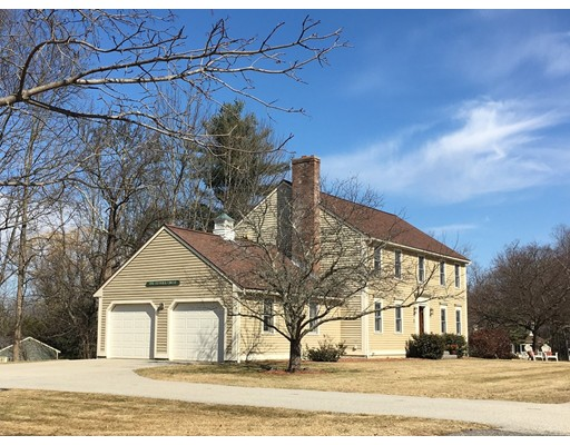 Single Family Home for Sale at 1 Fenwick Circle 1 Fenwick Circle Auburn, Massachusetts 01501 United States