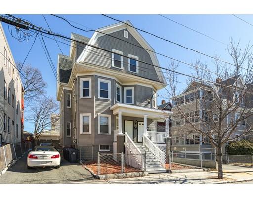 Многосемейный дом для того Продажа на 28 Birch Street 28 Birch Street Everett, Массачусетс 02149 Соединенные Штаты