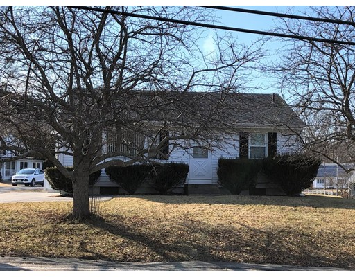 独户住宅 为 销售 在 212 Market Street Amesbury, 01913 美国