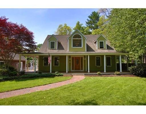 Maison unifamiliale pour l Vente à 28 Gate Street 28 Gate Street Carver, Massachusetts 02330 États-Unis