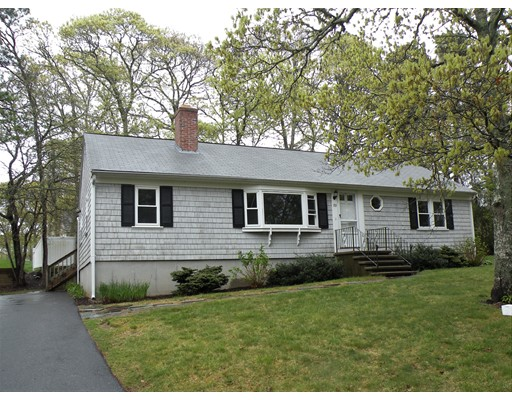 Single Family Home for Sale at 153 Harbor Hills Road Barnstable, Massachusetts 02632 United States