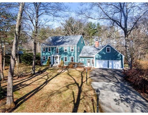 واحد منزل الأسرة للـ Sale في 27 Wilson Pond Lane 27 Wilson Pond Lane Rowley, Massachusetts 01969 United States