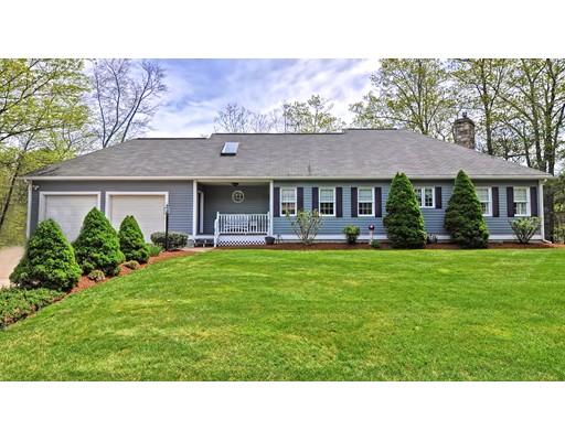 独户住宅 为 销售 在 160 ERIC DRIVE 160 ERIC DRIVE 阿克斯布里奇, 马萨诸塞州 01569 美国