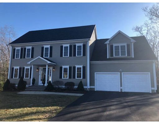 Single Family Home for Sale at 7 Shire Way 7 Shire Way Plainville, Massachusetts 02762 United States