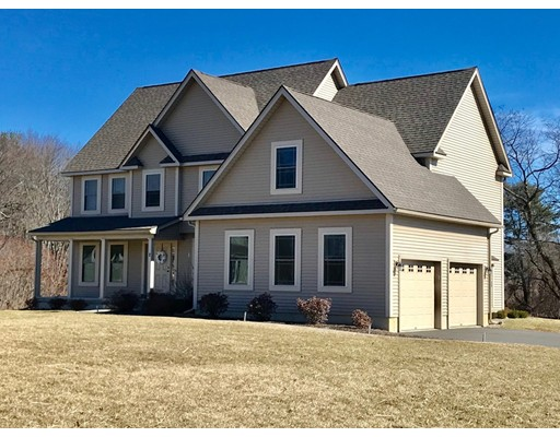 Single Family Home for Sale at 2 Hawks Mdw 2 Hawks Mdw Hadley, Massachusetts 01035 United States