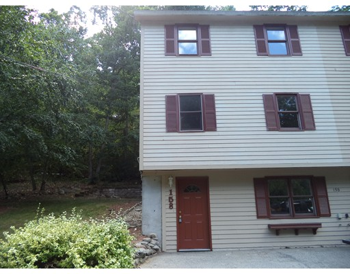 Townhouse for Rent at 158 No.Shore Rd. #L 158 No.Shore Rd. #L Derry, New Hampshire 03038 United States