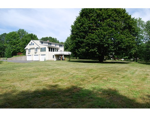 Single Family Home for Rent at 1037 Liberty Square Road Boxborough, Massachusetts 01719 United States