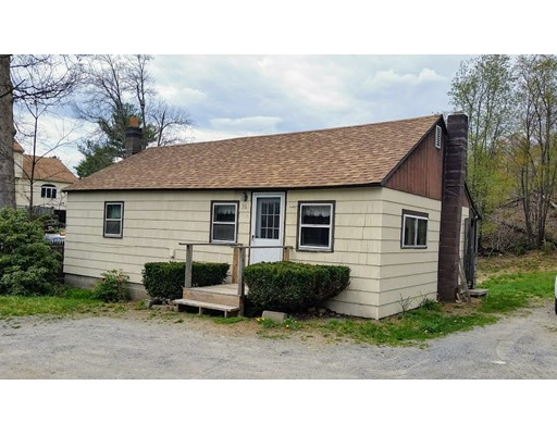 Single Family Home for Rent at 36 Pearl Street 36 Pearl Street Lunenburg, Massachusetts 01462 United States
