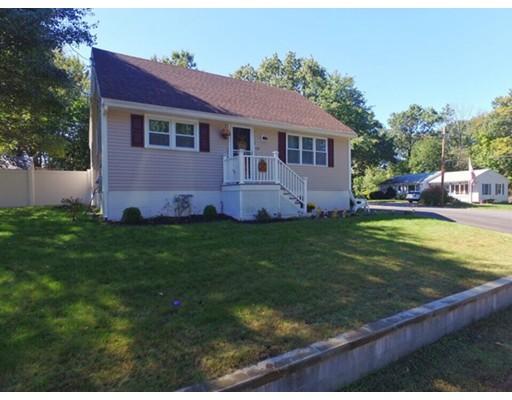 Enfamiljshus för Försäljning vid 128 Leo Avenue 128 Leo Avenue Dracut, Massachusetts 01826 Usa