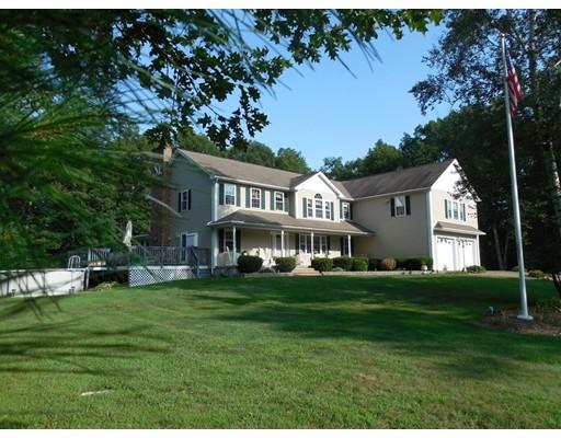 Maison unifamiliale pour l Vente à 181 Greenwich Plains Road 181 Greenwich Plains Road Ware, Massachusetts 01082 États-Unis