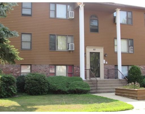 شقة بعمارة للـ Sale في 60 Chapin Street 60 Chapin Street Holyoke, Massachusetts 01040 United States
