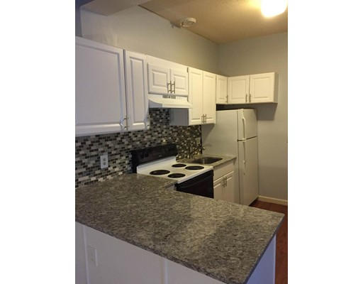 Apartment for Rent at 357 Main Street #3 357 Main Street #3 Barnstable, Massachusetts 02601 United States