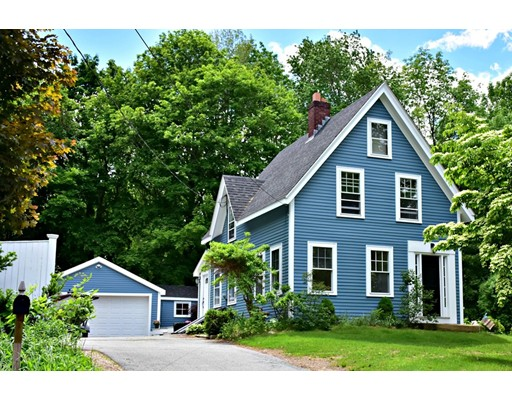 Single Family Home for Sale at 31 Sweet Hill Road 31 Sweet Hill Road Plaistow, New Hampshire 03865 United States