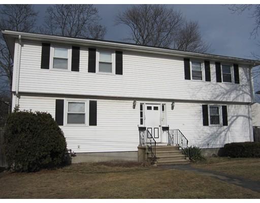 Casa Multifamiliar por un Venta en 12 Wilson Avenue Framingham, Massachusetts 01702 Estados Unidos