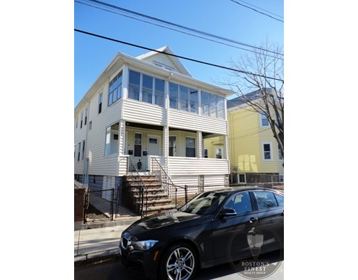 Apartment for Rent at 117 4Th St #2 117 4Th St #2 Medford, Massachusetts 02155 United States