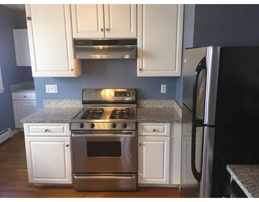 Частный односемейный дом для того Аренда на 42 Lourdes 42 Lourdes Boston, Массачусетс 02130 Соединенные Штаты