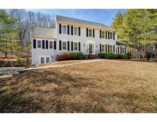 Частный односемейный дом для того Продажа на 2 Autumn Hill Lane 2 Autumn Hill Lane Southborough, Массачусетс 01772 Соединенные Штаты