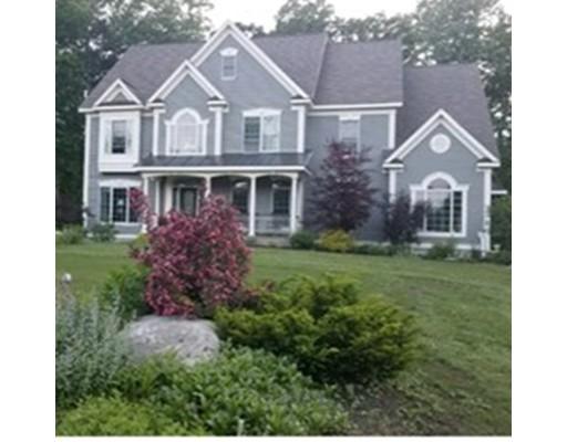 独户住宅 为 销售 在 487 Holman Street 487 Holman Street Lunenburg, 马萨诸塞州 01462 美国