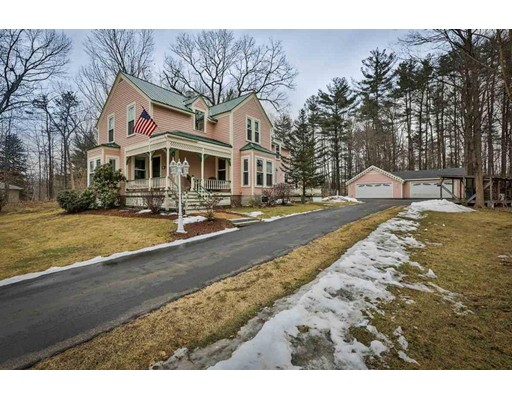 Single Family Home for Sale at 3 Kingston Road 3 Kingston Road Plaistow, New Hampshire 03865 United States