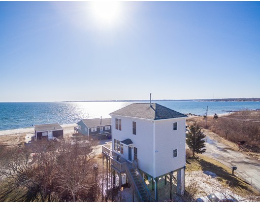 Single Family Home for Sale at 27 Cove Street 27 Cove Street Fairhaven, Massachusetts 02719 United States