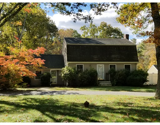Single Family Home for Sale at 104 Upland Road 104 Upland Road Plympton, Massachusetts 02367 United States
