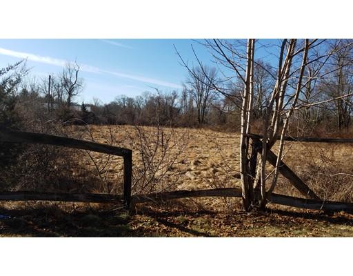 Terrain pour l Vente à Address Not Available Rehoboth, Massachusetts 02769 États-Unis