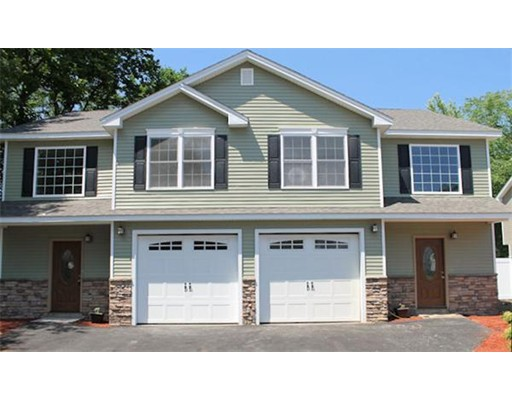 Condominio por un Venta en 18 North Street South Hadley, Massachusetts 01075 Estados Unidos