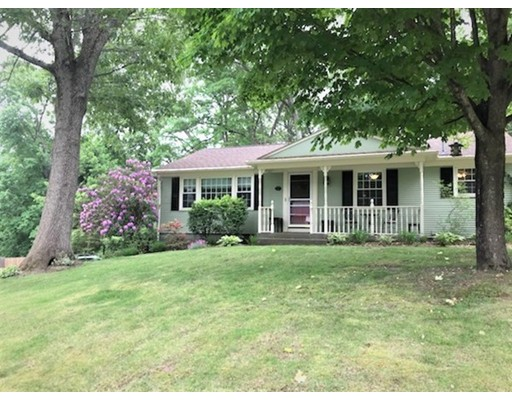 Single Family Home for Sale at 57 Ferncrest Drive 57 Ferncrest Drive Cumberland, Rhode Island 02864 United States