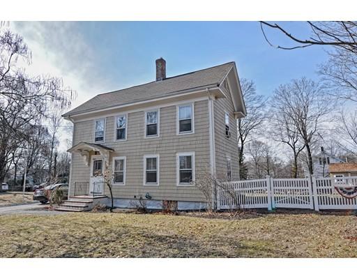 独户住宅 为 销售 在 5 Leonard Street Foxboro, 02035 美国