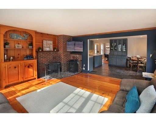135 Indian Hill St, West Newbury, MA, 01985