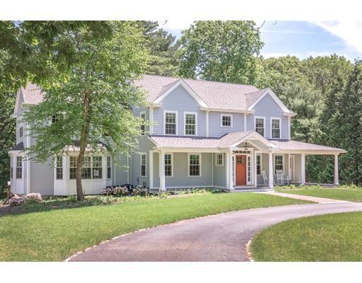 独户住宅 为 销售 在 111 East Street 欣厄姆, 马萨诸塞州 02043 美国