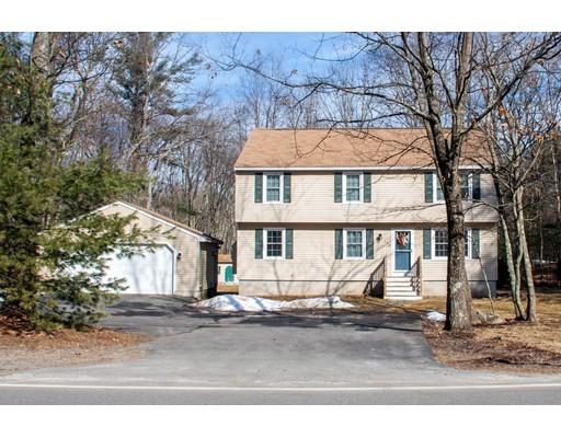 Casa Unifamiliar por un Venta en 140 High Range Road 140 High Range Road Londonderry, Nueva Hampshire 03053 Estados Unidos
