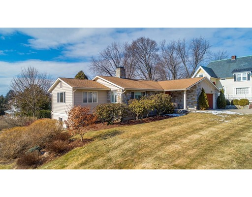 Single Family Home for Sale at 1112 Union Manchester, New Hampshire 03104 United States