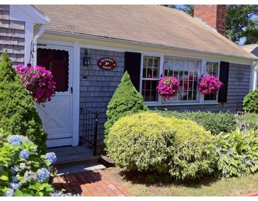 Single Family Home for Rent at 7 Oak Hill Road 7 Oak Hill Road Barnstable, Massachusetts 02601 United States