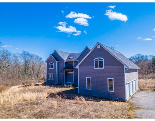 Single Family Home for Sale at 237 Lake Street 237 Lake Street Seekonk, Massachusetts 02771 United States