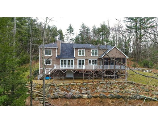 Single Family Home for Sale at 430 Mashapaug Road 430 Mashapaug Road Holland, Massachusetts 01521 United States