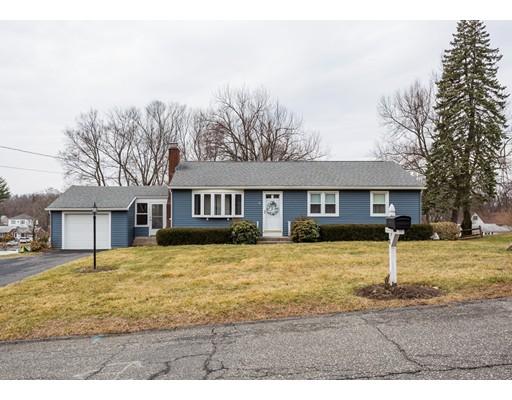 Частный односемейный дом для того Продажа на 8 W Allen Ridge Road 8 W Allen Ridge Road East Longmeadow, Массачусетс 01028 Соединенные Штаты